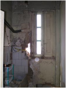 Imagen interior vivienda en estado ruina